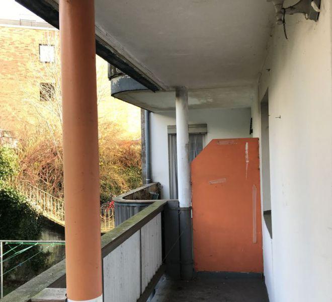 Balkon vor der Renovation